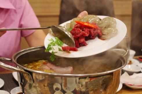 Thế giới hương vị của siêu đầu bếp Alain Nghĩa ở sân bay