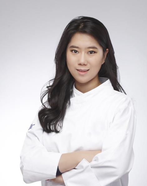Park Hyatt Saigon chào đón Trưởng bộ phận bếp bánh Narae Kim