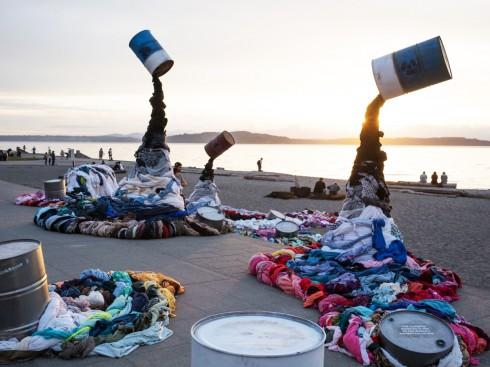 rác thải thời trang giá rẻ