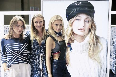 Blogger Bazaar - Lena lademann,Fashion blogger- Nina Suess và Fashion blogger - Caro Daur mặc thiết kế nằm trong BST TommyxGigi