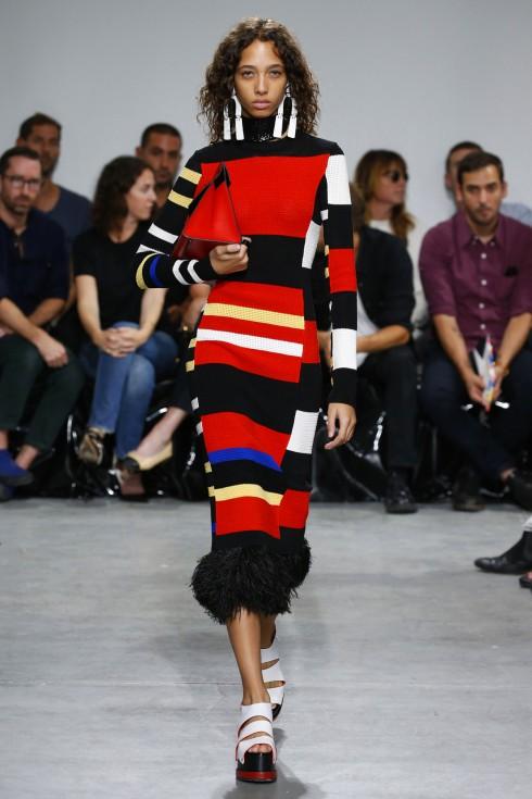 Một thiết kế váy bó sát trong BST của Proenza Schouler