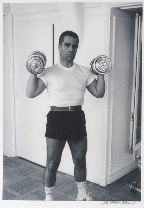 Karl Lagerfeld tập tạ