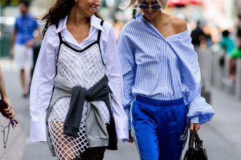 ao-so-mi-street-style-new-york-elle-vn-2017 (12)