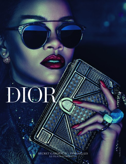 Ca sĩ Rihanna là gương mặt đại diện của Dior.