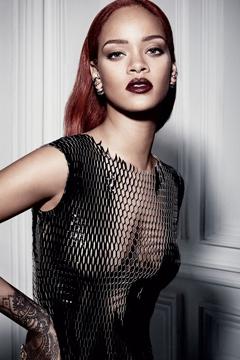 Nữ ca sĩ Rihanna - Biểu tượng thời trang của làng âm nhạc