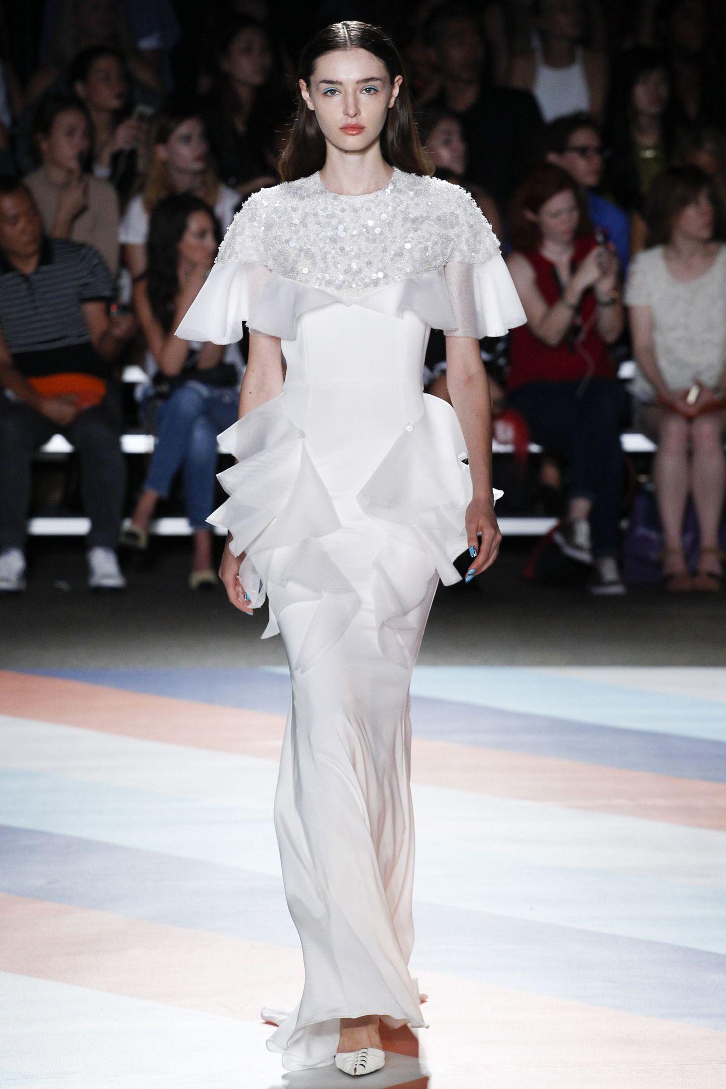 Coast và Karen Millen cho ra mắt Bộ sưu tập thời trang