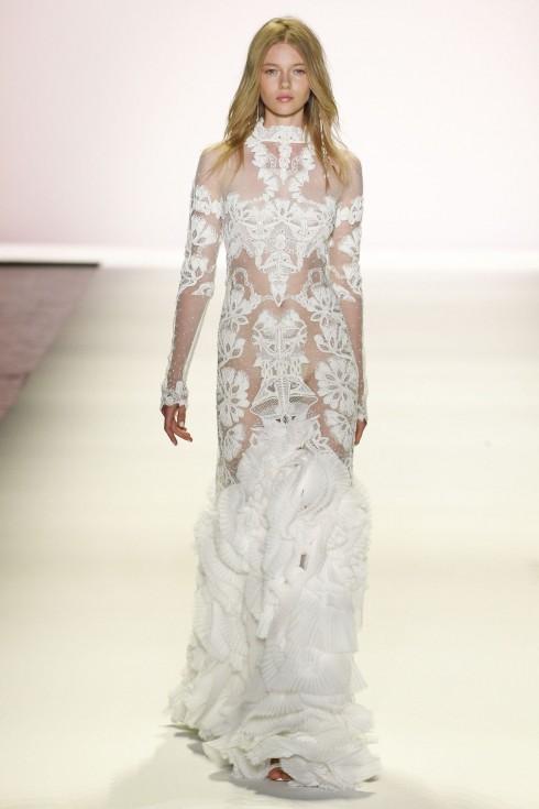 Thiết kế váy ren trắng sang trọng từ Jonathan Simkhai