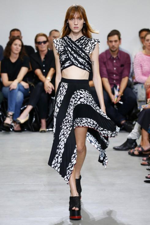 Thiết kế áo vắt chéo từ Proenza Schouler