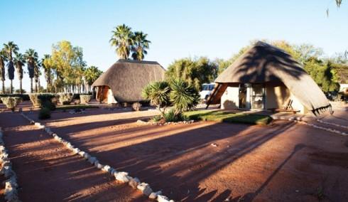 Du lich Namibia tieng goi noi hoang da 16