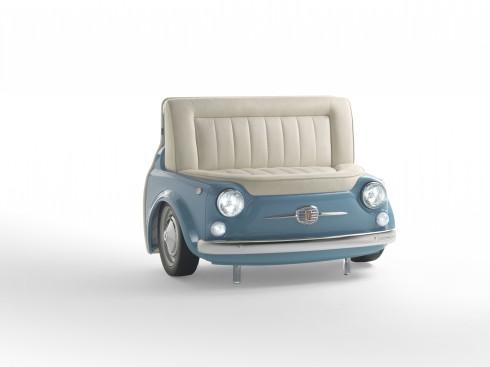 Bạn có thể nhấn nhá thêm với đồ nội thất có kiểu dánh độc đáo như chiếc ghế Panorama hình đầu xe hơi cổ này.