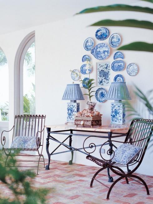 Trang trí nội thất xanh dương và trắng