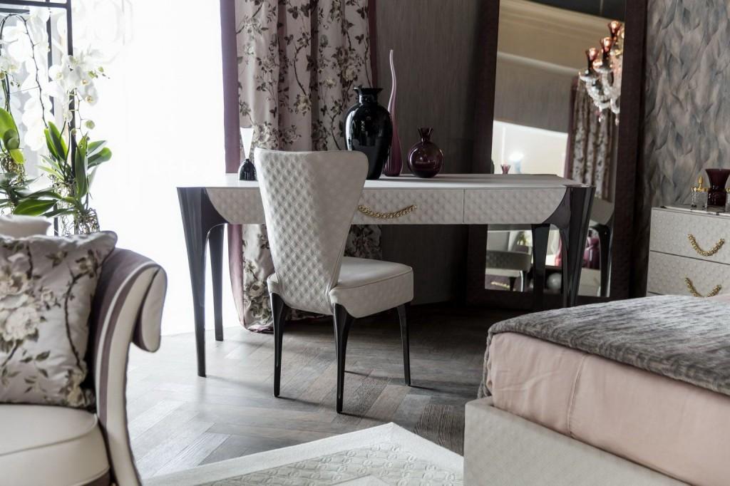 Bộ bàn ghế Trocadero – Thương hiệu Colombostile