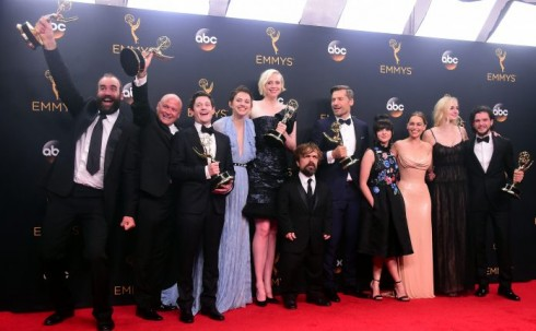 Game-of-Thrones-stars-at-emmy 1