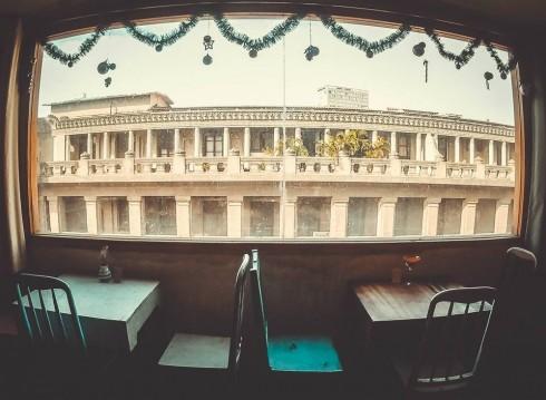 quán cà phê chung cư Mockingbird Cafe.