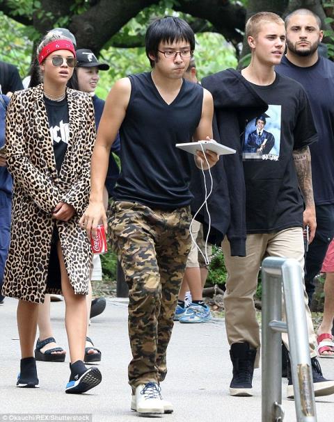 """Justin Bieber và Sophia Richie đã """"đường ai nấy đi""""- ELLE VN"""