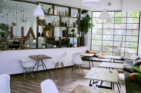 quán cà phê chung cư Oromia cafe.