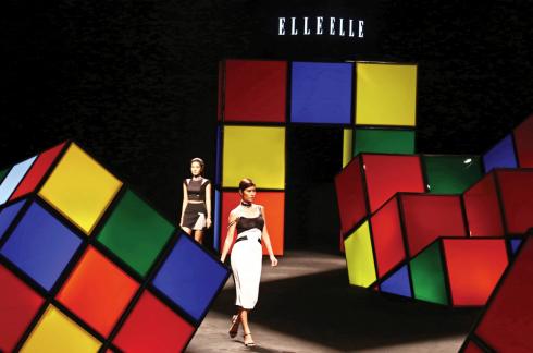 Những khoảnh khắc đáng nhớ qua các năm tại ELLE fashion show - ellevn