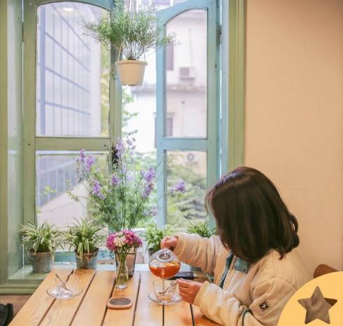 Cà phê Hà Nội CUP Of TEA cafe & bistro.