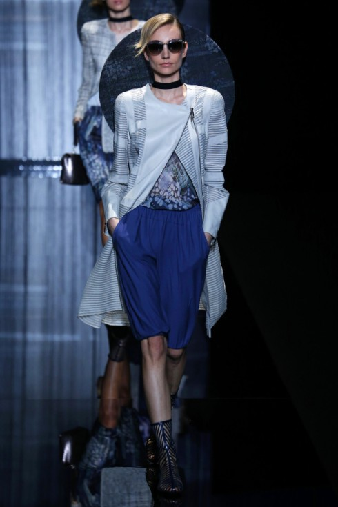 Chiếc quần shorts trẻ trung của Giorgio Armani