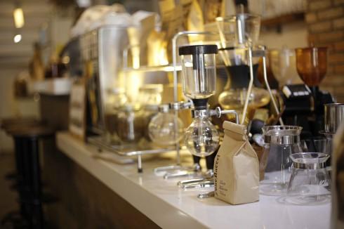 Cà phê ở Sài Gòn OROMIA - ELLE VN