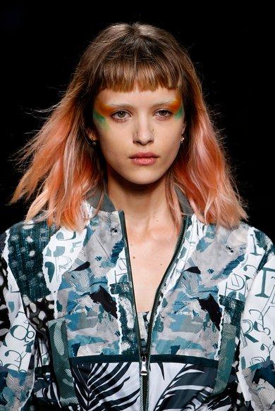 5 cách thay đổi bản thân qua kiểu trang điểm và làm tóc ELLE VN