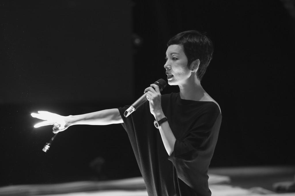 Siêu mẫu Xuân Lan tại ELLE Fashion Show 2016