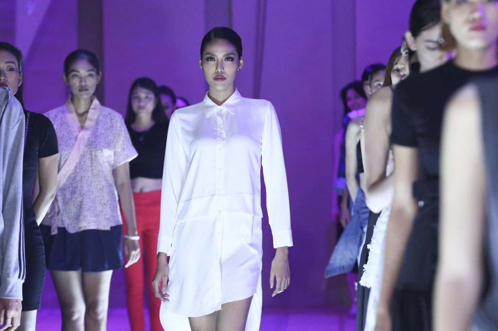 Lan Khuê Elle Fashion Show 2016