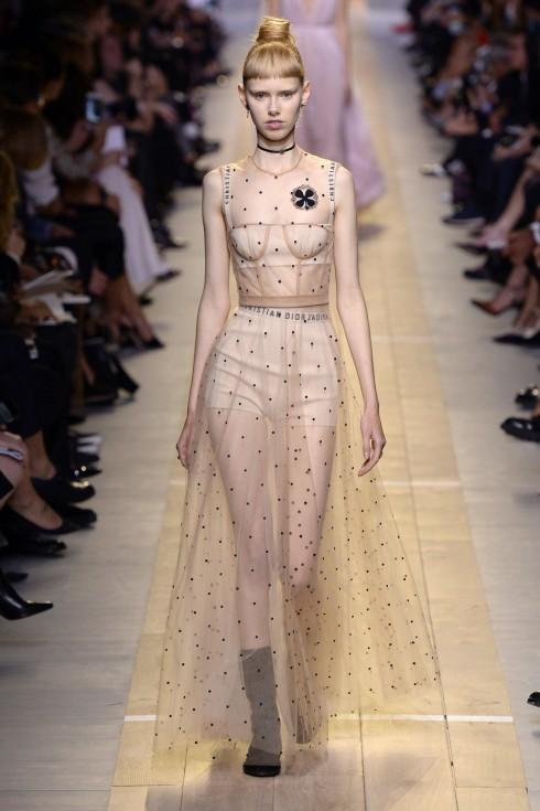 BST Xuân-Hè 2017 của Christian Dior tại Tuần lễ thời trang Paris