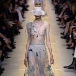 6 BST quá đỗi tinh tế tại Tuần lễ thời trang Paris Xuân-Hè 2017