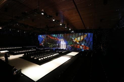 Sân Khấu hoành tráng ELLE Fashion Journey 2016