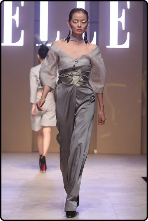 BST của NTK Nuchsuda tại ELLE Fashion Journey 2016
