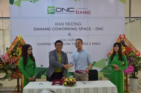 Vườn ươm doanh nghiệp Đà Nẵng và Toong chính thức hợp tác cho ra đời Không gian làm việc chung quy mô lớn nhất tại Đà Nẵng.