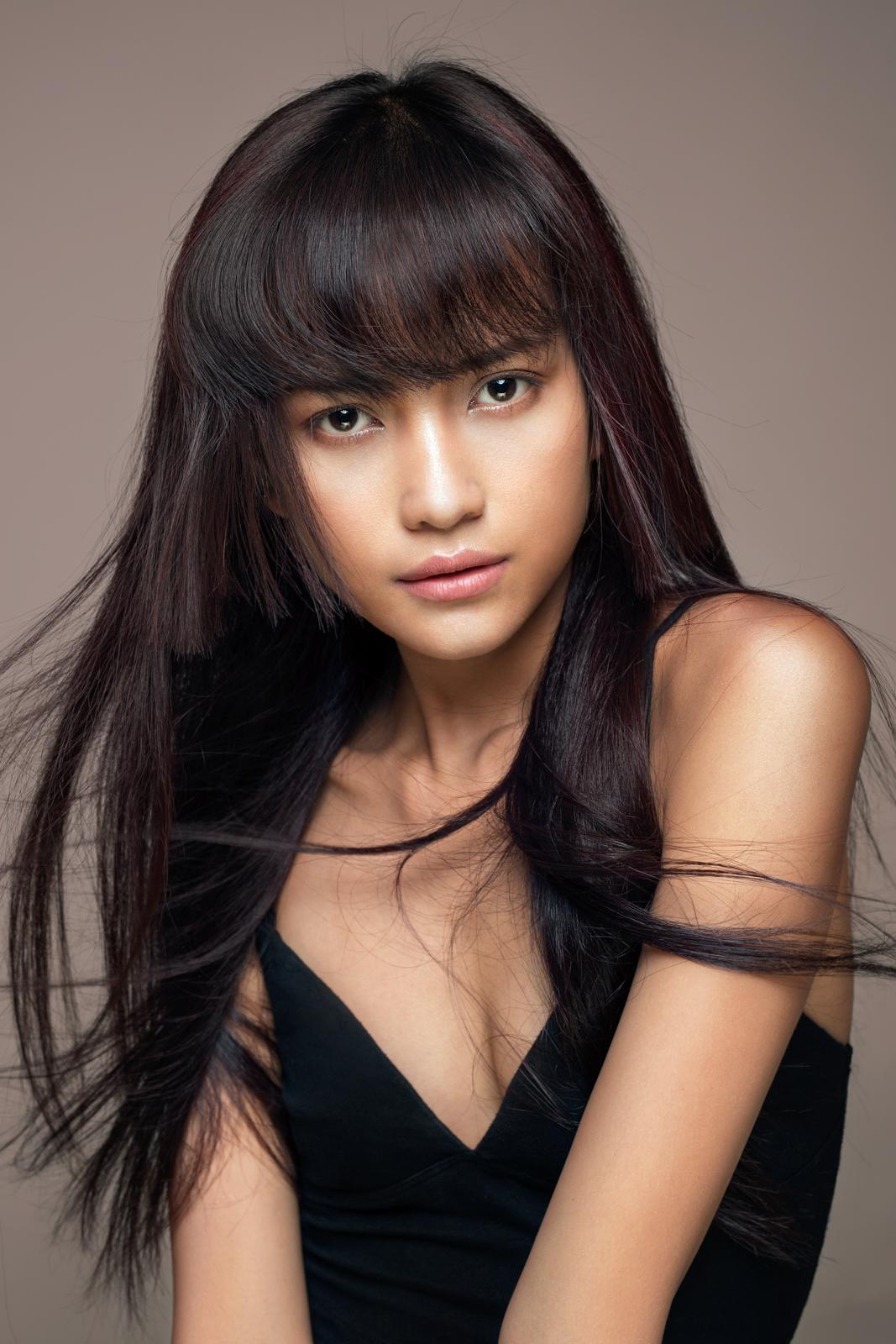 Ngọc Châu vượt qua Fung La đăng quang VNTM 2016