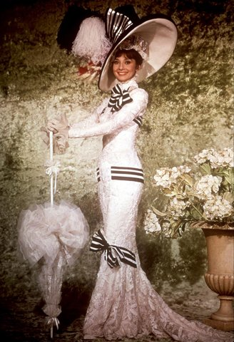 7 trang phục đắt giá nhất trong lịch sử màn bạc