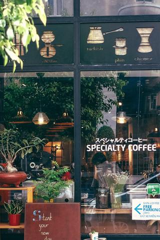 8 quán cà phê thú vị ở Sài Gòn trước 8 giờ sáng