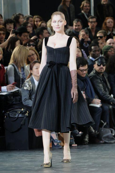 Sở hữu chiều cao 1m70, Laetitia Casta không chỉ là một trong những siêu mẫu thành công nhất nước Pháp mà còn là một trong những biểu tượng sắc đẹp của quốc gia này.