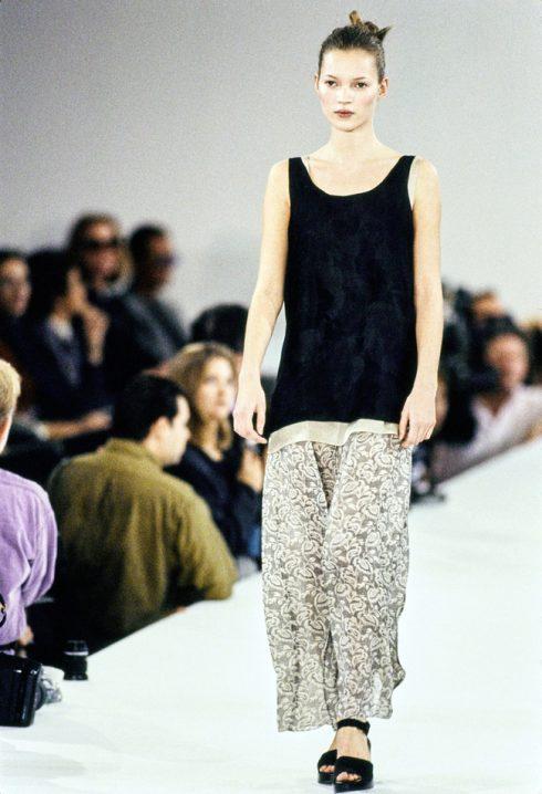 Thực tế Kate Moss chỉ cao 1m70