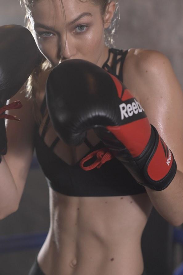 Gigi Hadid chứng tỏ kĩ năng boxing trong chiến dịch quảng cáo mới - ELLE VN