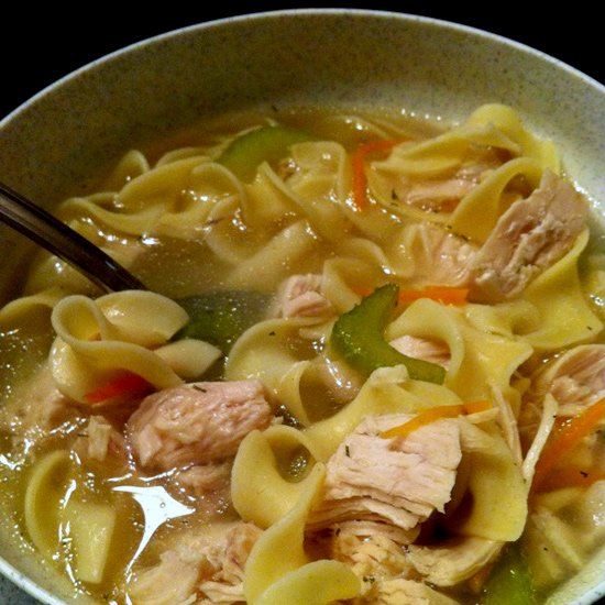 Soup gà xé và mì pasta giúp giảm cân cấp tốc - ELLE VN