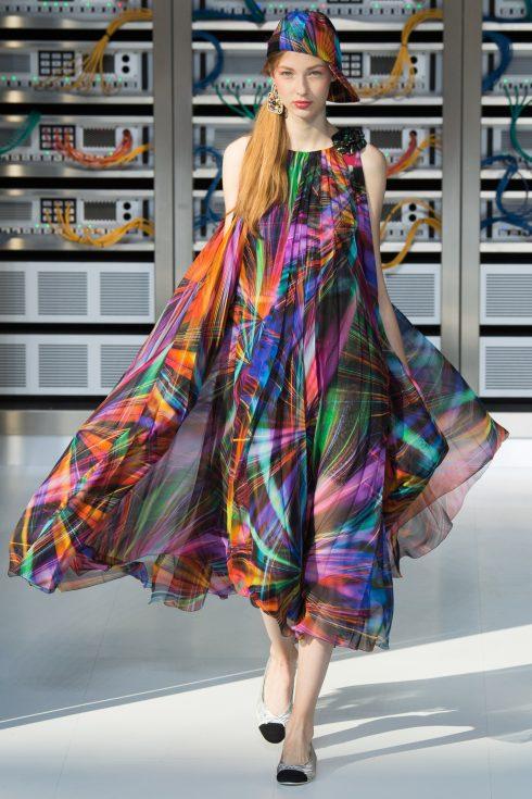 Hình ảnh tại show trình diện BST Chanel Xuân-Hè 2017