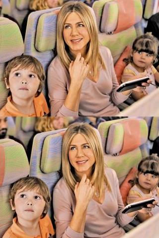 Jennifer Aniston trở lại trên chuyến bay Emirates