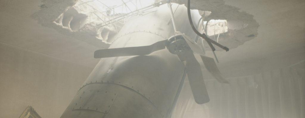 Phim điện ảnh Under the Shadow 02.