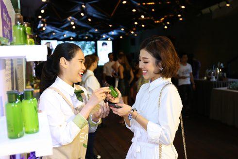 dan-beauty-blogger-hoi-tu-tai-su-kien-ra-mat-thuong-hieu-my-pham-han-quoc-2