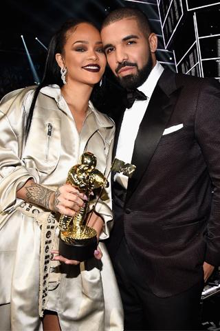 Mối tình phức tạp giữa Rihanna và Drake