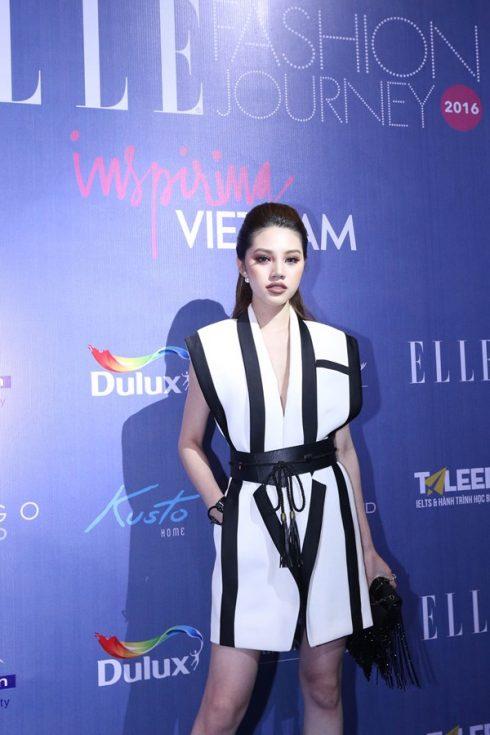 Jolie Nguyễn tại ELLE Fashion Journey 2016