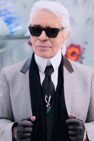 Dung nhan Karl Lagerfeld thời trẻ & những bí ẩn ít ai biết