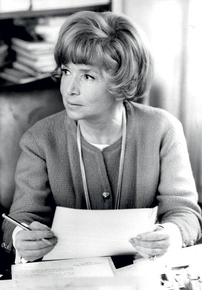 Người sáng lập ra thương hiệu tạp chí ELLE, bà Hélène Lazareff.