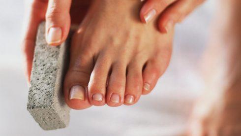 Cách tẩy da chết cho từng vùng da trên cơ thể ELLE VN