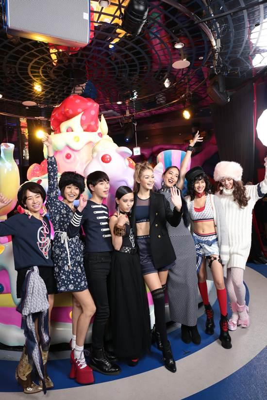 Gigi Hadid ra mắt BST TOMMYXGIGI tại Tokyo 04.