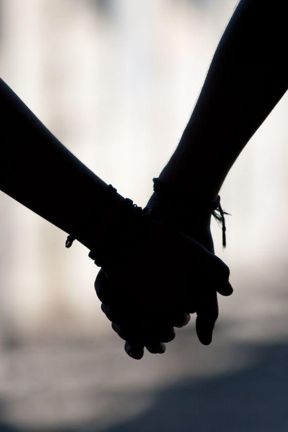 Những khoảnh khắc mệt mỏi trong tình yêu ELLE VN